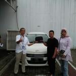 DO 5 Sales Marketing Mobil Dealer Daihatsu Deni