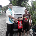 Foto Penyerahan Mobil 4 Sales Marketing Dealer Daihatsu Kudus Ibnu