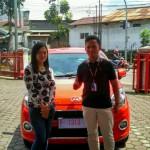 Foto Penyerahan Unit 3 Sales Marketing Mobil Dealer Daihatsu Sukabumi Baden