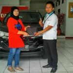 Foto Penyerahan Unit 5 Sales Marketing Mobil Dealer Daihatsu Sukabumi Baden
