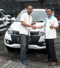 Sales Marketing Mobil Dealer Daihatsu Bandung Jawa BaratTeddy Ahmad