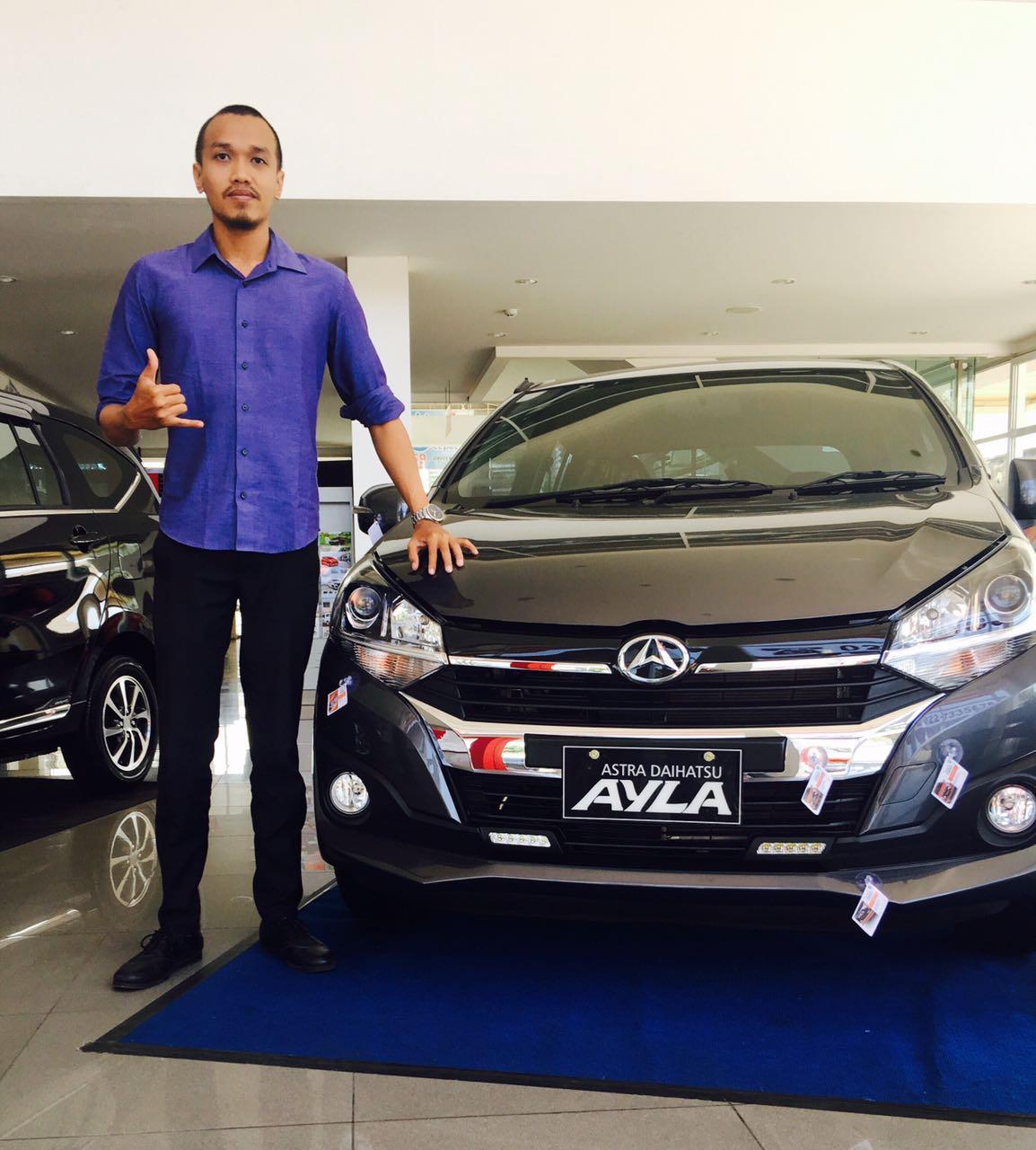 Sales Marketing Mobil Dealer Daihatsu Bandung Jono