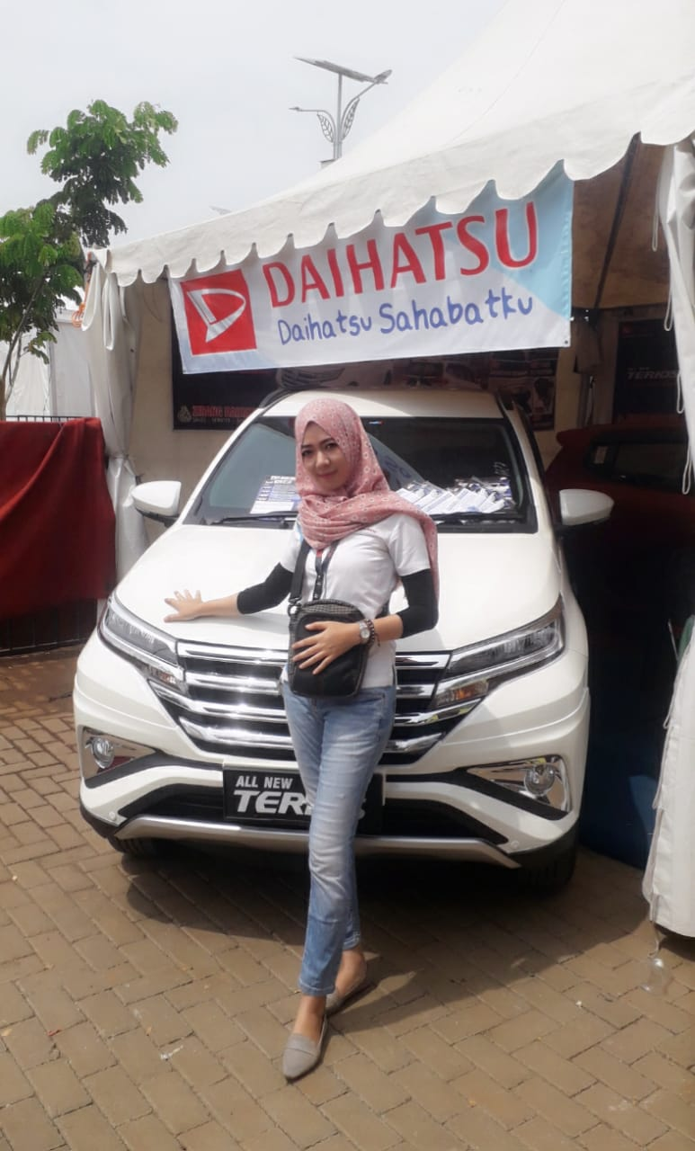 Sales Marketing Mobil Dealer Daihatsu Destri