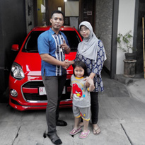 Sales Marketing Mobil Dealer Daihatsu Kudus