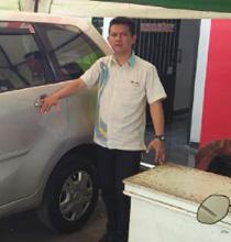 Sales Marketing Mobil Dealer Daihatsu Purwakarta Agus Muriyanto