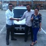 Foto Penyerahan Unit 6 Sales Marketing Mobil Dealer Suzuki Medan Alfredo