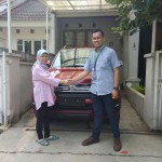 Foto-Penyerahan-Unit-10-Sales-Marketing-Mobil-Dealer-Daihatsu-Yosa