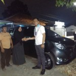 Foto-Penyerahan-Unit-20-Sales-Marketing-Mobil-Daihatsu-Yosa