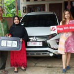 Foto Penyerahan Unit 3 Sales Marketing Mobil Dealer Mitsubishi Cilacap Ova