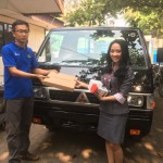 Foto Penyerahan Unit 5 Sales Marketing Mobil Dealer Mitsubishi Safitri