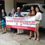 Foto Penyerahan Unit 6 Sales Marketing Mobil Dealer Mitsubishi Safitri
