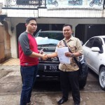 Foto Penyerahan Unit 7 Sales Marketing Mobil Dealer Daihatsu Ciledug Hendri