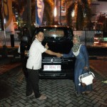 Foto Penyerahan Unit 2 Sales Marketing Mobil Suzuki Makassar MAHBUB