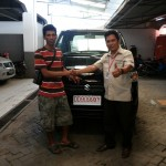 Foto Penyerahan Unit 3 Sales Marketing Mobil Suzuki Makassar MAHBUB