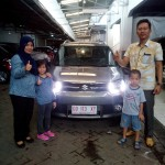 Foto Penyerahan Unit 4 Sales Marketing Mobil Dealer Suzuki Makassar Ismul