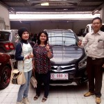 Foto Penyerahan Unit 5 Sales Marketing Mobil Dealer Suzuki Makassar Ismul