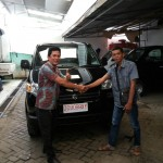 Foto Penyerahan Unit 7 Sales Marketing Mobil Suzuki Makassar MAHBUB