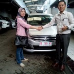 Foto Penyerahan Unit 8 Sales Marketing Mobil Dealer Suzuki Makassar Ismul