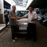 Foto Penyerahan Unit 8 Sales Marketing Mobil Suzuki Makassar MAHBUB
