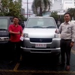 Foto Penyerahan Unit 9 Sales Marketing Mobil Dealer Suzuki Makassar Ismul