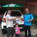 Foto Penyerahan Unit 1 Sales Marketing Mobil Dealer Suzuki Fazri Aulia