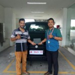 Foto Penyerahan Unit 3 Sales Marketing Mobil Dealer Suzuki Fazri Aulia