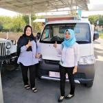 Foto Penyerahan Unit 12 Sales Marketing Mobil Dealer Daihatsu Rosanti
