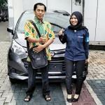 Foto Penyerahan Unit 15 Sales Marketing Mobil Dealer Daihatsu Rosanti