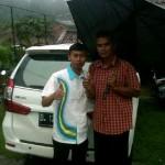 Foto Penyerahan Unit 3 Sales Marketing Mobil Dealer Daihatsu Sumedang Dian