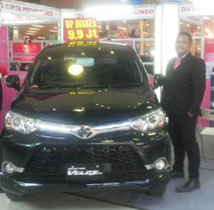 Sales Marketing Mobil Dealer Toyota Purwokerto Moris Ryan