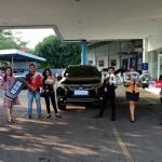 Foto Penyerahan Unit 1 Sales Marketing Mobil Dealer Mitsubishi Cilacap Ova