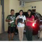 Foto Penyerahan Unit 16 Sales Daihatsu Cikarang Atau Marketing Daihatsu Cikarang Ida Rosidah