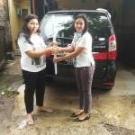 Foto Penyerahan Unit 19 Sales Daihatsu Cikarang Atau Marketing Daihatsu Cikarang Ida Rosidah