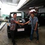Foto Penyerahan Unit 7 Sales Marketing Mobil Suzuki Makassar MAHBUB