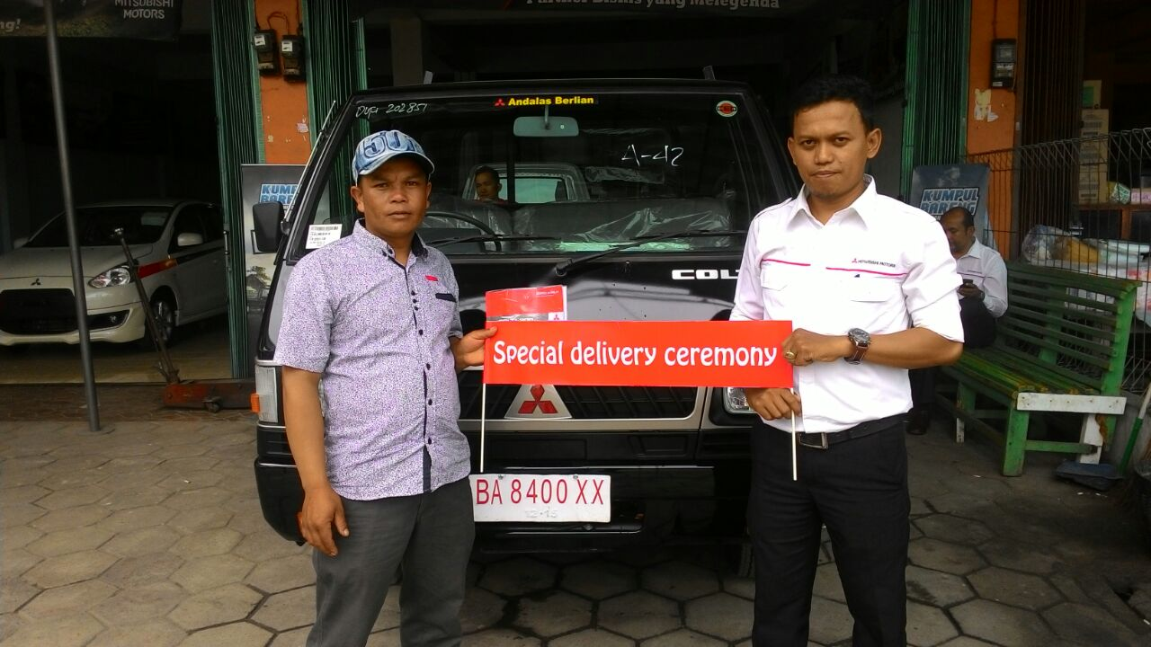 Sales Marketing Mobil Dealer Mitsubishi Riki