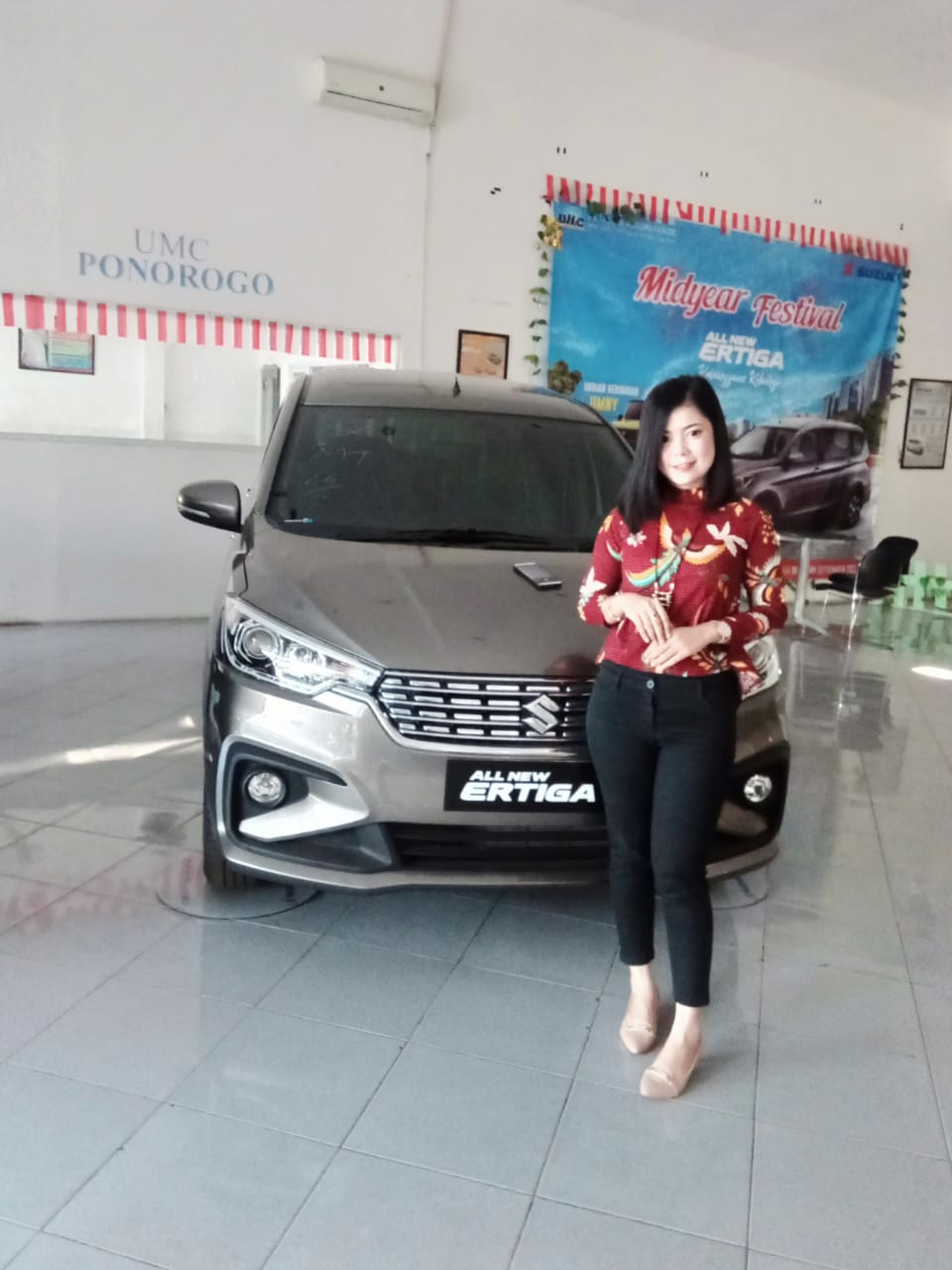 Sales-Marketing-Mobil-Dealer-Suzuki-Ponorogo-Devi