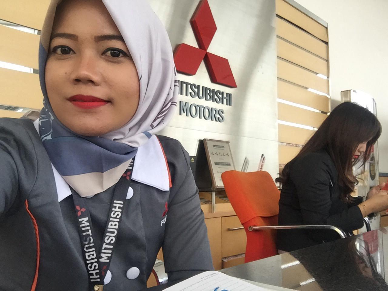 Mitsubishi Padang